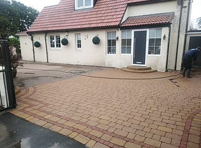 Pressure Washed Drive Way
